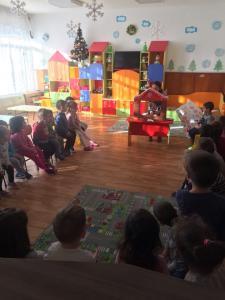 """Театър на маса """"Веселата Коледа"""" (4)"""